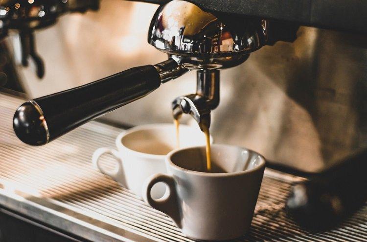 Cà phê pha máy là gì?